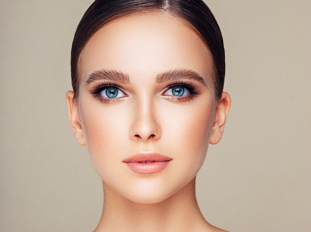 Brow Lamination, Brow Lift, Eye Designer