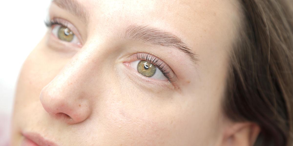 brow Lamination, Brow Lift, rehaussement de sourcils